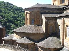 Chevet (J J D) Tags: abbatiale abbaye compostelle conques