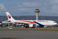 9M-MTG Malaysia Airlines Airbus A330-323 (johnedmond) Tags: perth ypph australia malaysia airbus a330 aviation aircraft aeroplane airplane sel55210 55210mm ilce3500 sony controltower