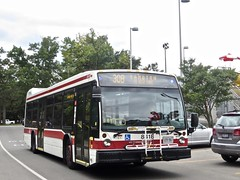 Toronto Transit Commission 8418 (YT | transport photography) Tags: ttc toronto transit commission nova bus lfs