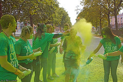 The baptism of Holy Green (Red Cathedral uses albums) Tags: sonyalpha a77markii a77 mkii eventcoverage alpha sony colorrun sonyslta77ii slt evf translucentmirrortechnology spartacusrun mudrun ocr strongmanrun obstaclerun redcathedral streetart contemporaryart streetphotography belgium alittlebitofcommonsenseisagoodthing thecolorrun powder brussels bruxelles brussel colourrun holi havenlaan tourtaxis girlsrunning green groen thehappiest5kontheplanet