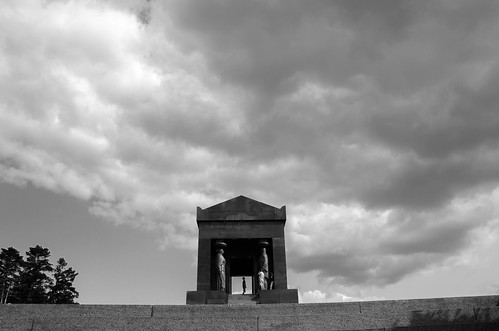 Monument to the Unknown Hero at Avala