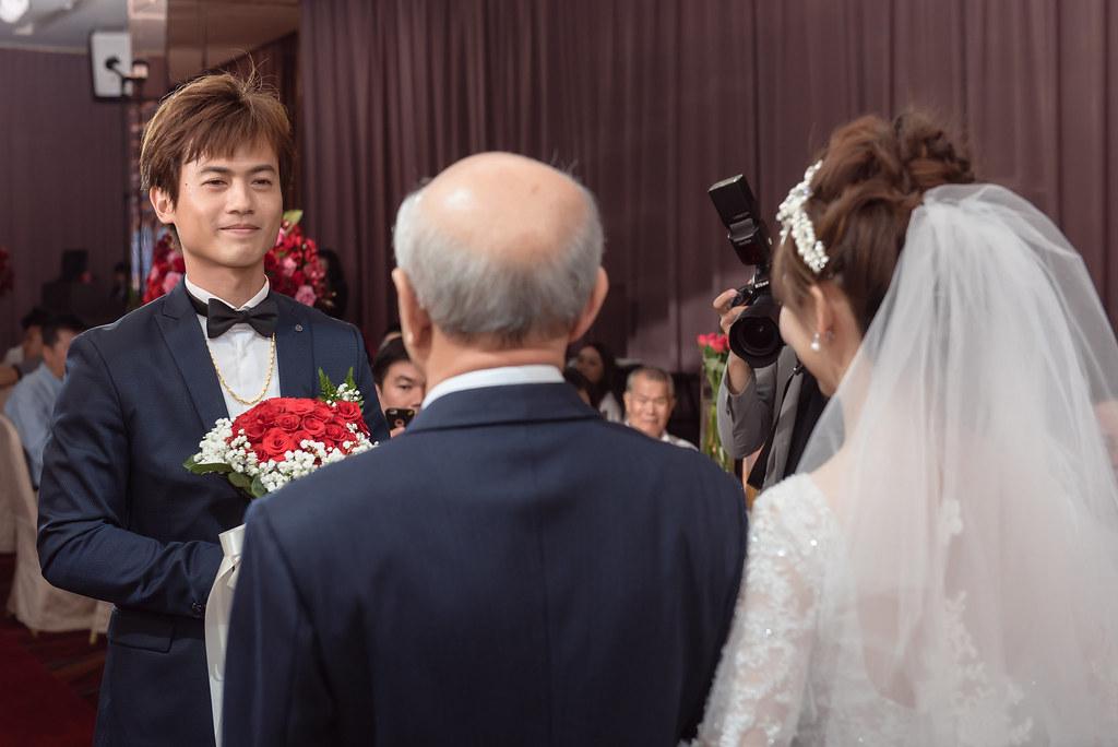 [婚攝]坤和&佳穎 | 雅悅會館奇件館
