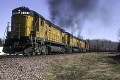 BIGS (ac1756) Tags: cnw chicagonorthwestern northwestern alco c628 bigs 6707 oretrain larch michigan