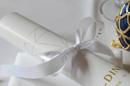 15mm wit lint met goud glimmend bedrukt