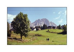 Verso il Monte Cristallo ;/) (schyter) Tags: fed 5 industar 61ld soviet camera 50mm 35mm 135 tetenal colortec c41 30°c tank ap epson v600 colore film pellicola analogica analogic allaperto rf rangefinder homemade development homemadescanned фэд индустар 61лд color val boite cielo dolomiti orientali dolomites analogicait ora blu pano panorama colorplus200 kodak paesaggio montagna cortinadampezzo