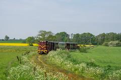 Greifenberger Kleinbahn by ТУ4 - Lxd2-472 unterwegs mit dem morgentlichen Überführungszug zur der Küstenstrecke, aufgenommen bei Niedźwiedziska