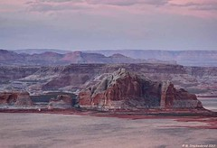Sunset 1, Lake Powell at Page Arizona (PhotosToArtByMike) Tags: lakepowell pagearizona sunset arizona az reservoir lake glencanyondam coloradoriver utah coloradorivergorge canyon glencanyonnationalrecreationarea