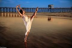 Dancing in the Light - Steffi Carter (Kent Freeman (Off Line)) Tags: 24105mm godox 360 streaklight flashpoint set sun sunset california oceanside usm ef iii mark 5d eos canon ballet urban carter steffi