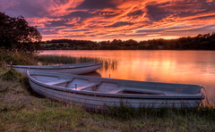 Sunset over the loch (poach01) Tags: sunset sunrise loch lakes lindeanreservoir selkirk scottishborders scotland grass boats rowboats