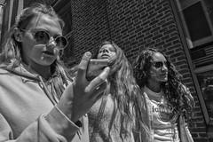 Market Street, 2017 (Alan Barr) Tags: philadelphia 2017 marketstreet marketstreeteast marketeast street sp streetphotography streetphoto blackandwhite bw blackwhite mono monochrome group people candid city olympus penf
