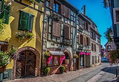 ribeauville (Heinertowner) Tags: ribeauville elsass alsace bücherei gasthaus fachwerk france frankreich