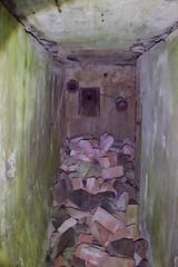 DSC_6668 (PorkkalaSotilastukikohta1944-1956) Tags: bunkkeri hylätty neuvostoliitto porkkalanparenteesi porkkala abandoned bunker soviet exploring degerby suomi finland
