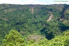 Crater of the Extinct Boqueron Volcano, El Salvador (ssspnnn) Tags: boqueron boqueroncito volcan volcano vulcao spnunes nunes snunes spereiranunes canoneos70d elsalvador parquenacionaldelboquerón crater cratera explosion