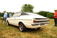 1972 Ford Taunus 2000 Coupe (Dirk A.) Tags: sidecode2 onk 1650tu 1972 ford taunus 2000 coupe