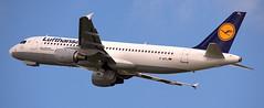 Airbus A-320 D-AIPL (707-348C) Tags: dusseldorfairport daipl airliner jetliner airbus airbusa320 eddl dus lufthansa passenger dlh dusseldorf a320