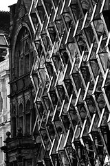 Evvel, zaman içinde... (halukderinöz) Tags: bw siyah beyaz black white mimari architectural bina building eski old yeni new abstract londra london ingiltere england oxford cadde street hd canoneos7d eos7d