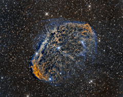 Crescent Nebula (NGC6888) close up in Hα/SII/OIII (Carballada) Tags: astrophotography astronomy deep space astro celestron zwo as1600mmc skywatcher ts sky qhy qhy5iii174 narrowband astrometrydotnet:id=nova2205781 astrometrydotnet:status=solved