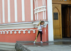 Russia (St.Petersburg)  Chesme Church-Little girl doing her best after shower (ustung) Tags: russia saintpetersbur church shower candid ceaning chesme nikon