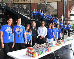 "20170920.Hurricane Relief with The Mets • <a style=""font-size:0.8em;"" href=""http://www.flickr.com/photos/129440993@N08/36955571440/"" target=""_blank"">View on Flickr</a>"