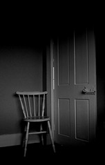 Seven Black and White (ART NAHPRO) Tags: chair empty room whitechair door shadows