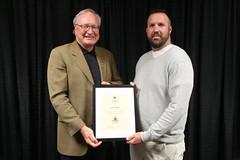 PRINCE EDWARD ISLAND/ÎLE-DU-PRINCE-ÉDOUARD: Award recipient/lauréat Shawn Stewart with/avec Premier/premier ministre Wade MacLauchlan