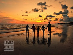 The Golden Hour (James0309) Tags: florida madeirabeach gulfofmexico golfodeméxico laplaya sunset beach