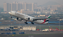 Emirates (vomm_aviationpictures) Tags: planespotting planes plane photography spotting airplane airport aircraft aerodrome airlines airways aviation boeing boeing777 b777 mumbai chennai canon