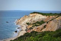 Martha's Vineyard (maxwilensky) Tags: marthasvineyard aquinnah massachusetts newengland cliffs ocean sea waves beach nikond7200