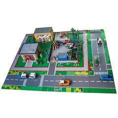 #CITYSCRAPYARD (KEEP_ON_BRICKING) Tags: lego city moc scrapyard car graveyard layout display afol rlug latlug keeponbricking 2017 legomoc legocity speed champions cars house houses building buildings street life legoworld