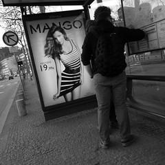 19.99 (Francisco (PortoPortugal)) Tags: 1972017 20130301fol8834 mango porto portugal monochrome bw nb pb square portografiaassociaçãofotográficadoporto franciscooliveira