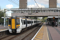 abellio Greater Anglia . 379017 . Harlow Town Station , Essex . Thursday 31st-August-2017 . (AndrewHA's) Tags: essex harlow town station railway train emu abellio greater anglia class 379 electric multiple unit 379017 1b66 liverpool street stansted airport stanstedexpress cambridge main line bombardier transportation derby litchurchlane works