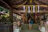 Rezar en el templo (Kepa.) Tags: religion rezar sintoismo japon asia