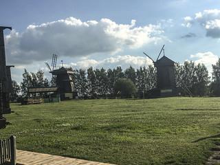 Suzdal Anello D'Oro : I Mulini a vento che danno tanta vivacità a quest'angolo rurale