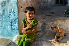 Friendship. Badami (Claire Pismont) Tags: asie asia inde india indedusud karnataka pismont clairepismont portrait girl puppy dog home travel travelphotography documentory viajar voyage village