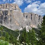 Au pays du grandiose sur la route du passo di Sella, Canazei, Val di Fassa, province de Trente, Trentin-Haut Adige, Italie. thumbnail