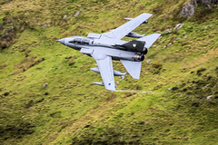 Tornado GR4 (tomdavies19) Tags: tornado gr4 jet uk raf royalairforce air airforce low level lowlevel outdoor snowdonia machloop nikon nikond5200 tamron telephotolens grey fast loud bwlch wales valley welsh mountains marhem rafmarhem aircraft airplane flying fly banking avgeek aviation