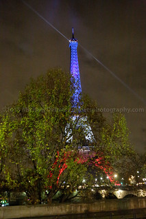 2015-11-17 Paris: Eiffel Tower lit in French National Colours