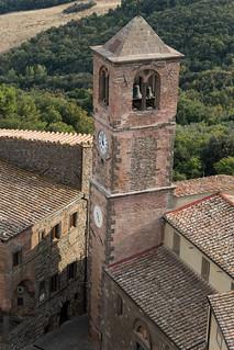 Vista della chiesa di Montecatini
