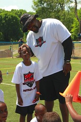 "thomas-davis-defending-dreams-foundation-0243 • <a style=""font-size:0.8em;"" href=""http://www.flickr.com/photos/158886553@N02/36995641816/"" target=""_blank"">View on Flickr</a>"