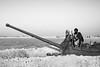 Afghanistan en noir et blanc (fabriciodo) Tags: afghanistan nb bw char afghans charrusse