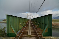 Local line. (Yasuyuki Oomagari) Tags: train line green bridge persepective railroad rail river nikon d810 zeiss distagont2821 local cloud ngc