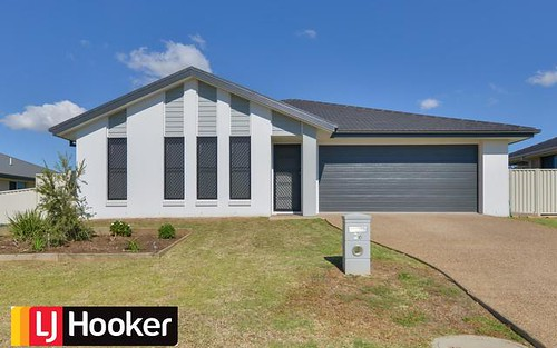 26 Drakeford Street, Tamworth NSW