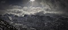 Vegarredonda (Jose Antonio. 62) Tags: spain españa asturias picosdeeuropa mountains montañas clouds nubes snow nieve vegarredonda