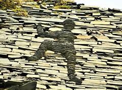 28518 (benbobjr) Tags: wales welsh cymru northwales uk unitedkingdom gb greatbritain britain british snowdonia snowdonianationalpark nationalpark park gwynedd valeofffestiniog blaenauffestiniog ffestiniog tanygrisiau llyncwmorthin lake pool moelwynion moelwyns moelwyn abandoned ruins disused minersvillage slatemine mine miners village abandonedvillage cwmorthinslatemine cwmorthinquarry glynffestiniog glynffestiniogslatequarry conglogquarry conglogslatequarry incline path publicfootpath pathway bridleway