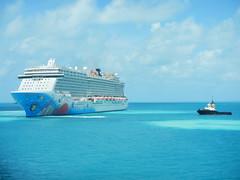 Norwegian Breakaway Departing Kings Wharf (Curb Crusher) Tags: cruiseship norwegianbreakaway bermuda