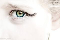 Macro high-key eyes (harakis picture) Tags: macromondays highkey eyes colors white pure sony a7 macro green