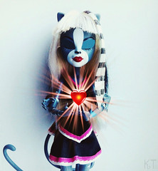 *Determination (KT▲Kate_and_Tanya) Tags: monster high purrsephone meowlody werecats werecat cat cats doll dolls mattel determination undertale