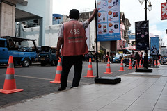 DSCF0390 (t.thanat) Tags: 23mm color fujifilm hatyai leegarden street traffic xt1 songkhla thailand