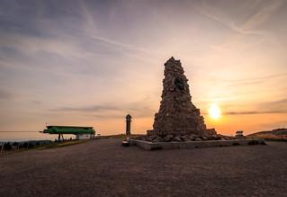 Bismarckdenkmal auf dem Seebuck bei Sonnenuntergang