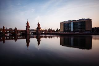 first sunrays, oberbaumbrücke, berlin